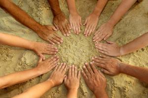cerchio di mani